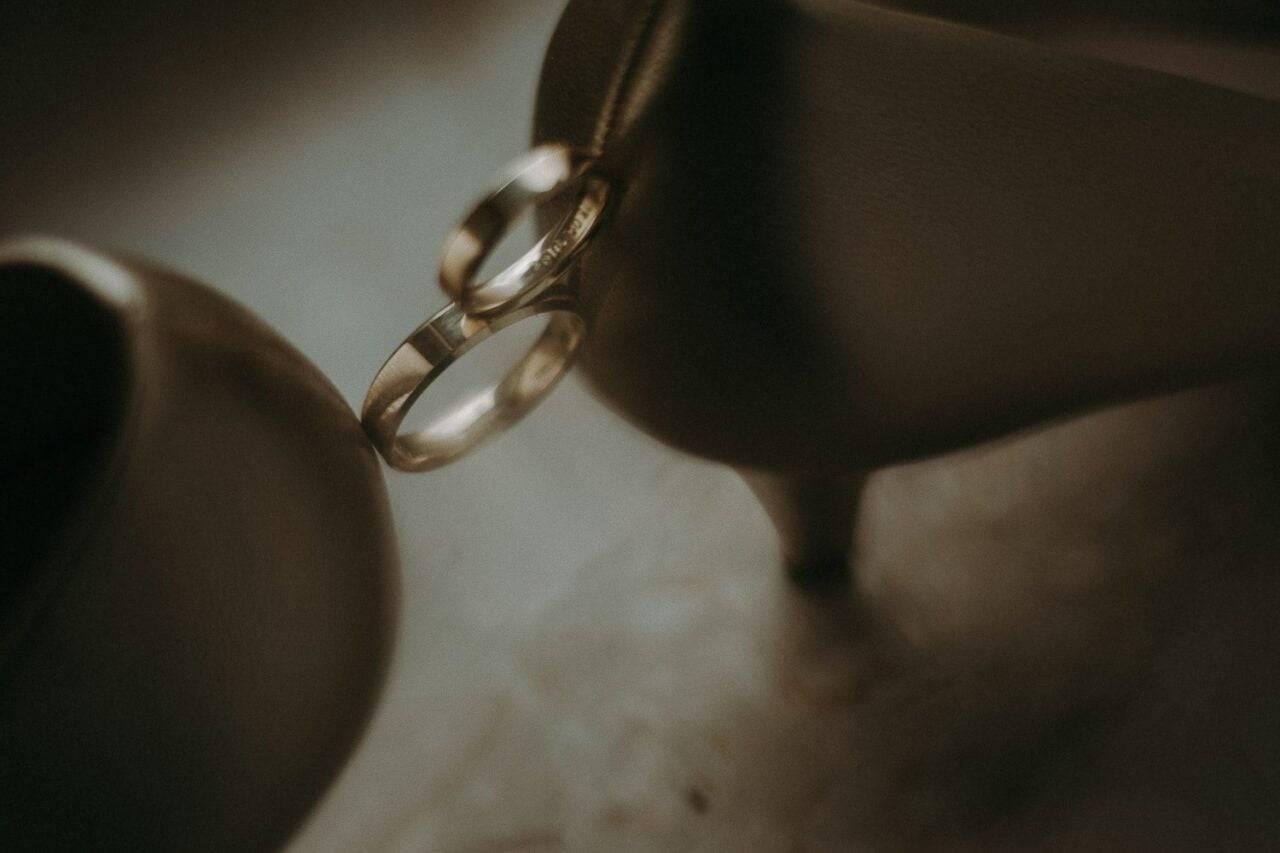 obrączki ślubne z pantoflami