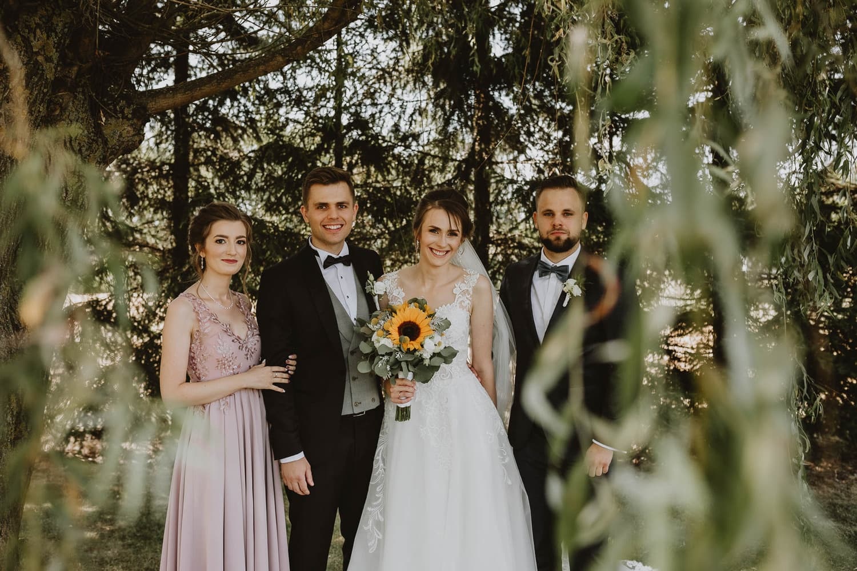 Państwo młodzi przed ślubem fotograf Lubartów